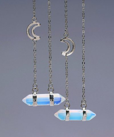 crystal-pendant-necklace-moon-visual