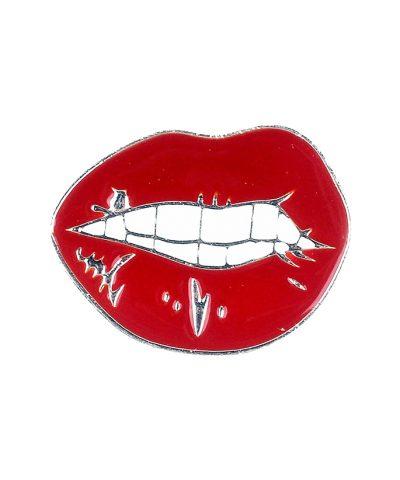 Hot lips pin close up