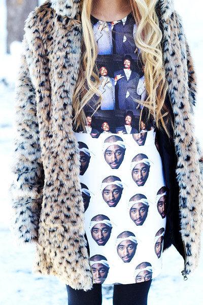 2PAC tupac-printed-skirt-omighty-buy-2_grande