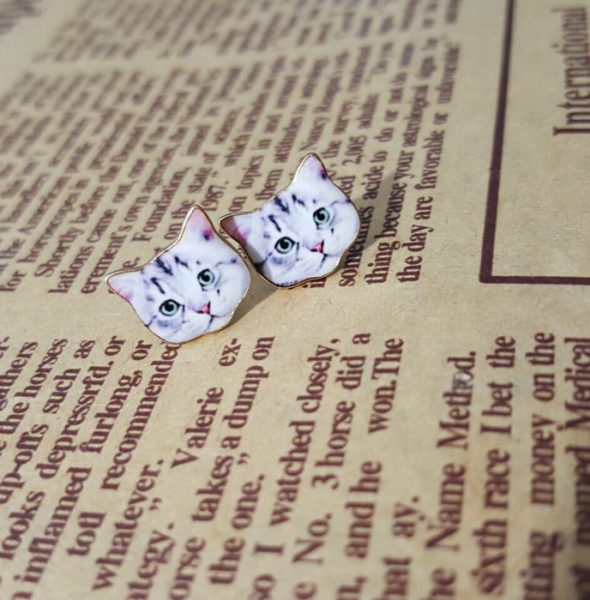 Cat stud earrings front