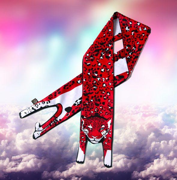 2 Leopard scarf in Clouds