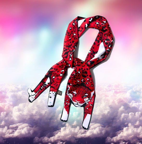 3 Leopard scarf in clouds